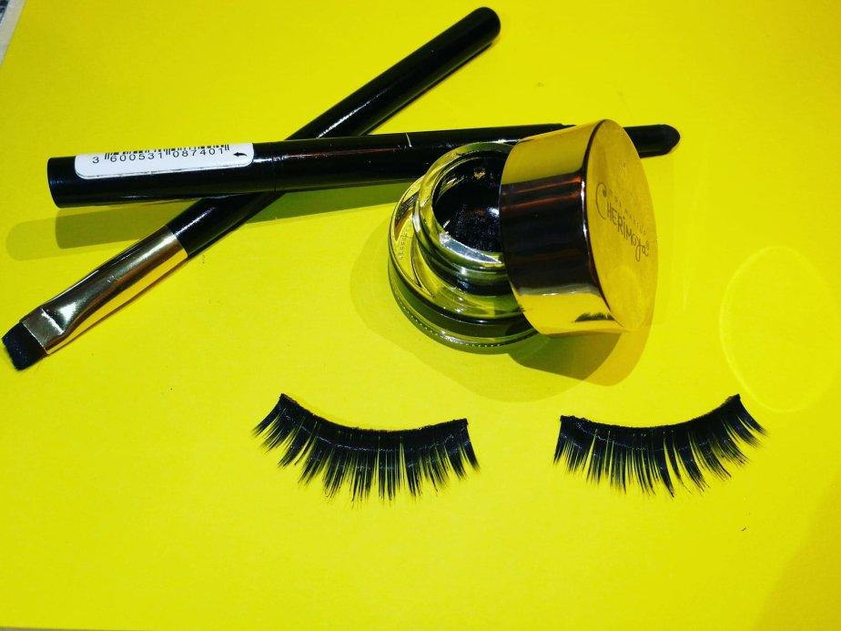 Grow Natural Eyelashes Vibing With Style