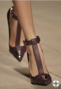 pointed toe t bar shoes